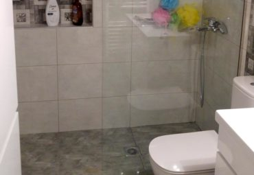 Ανακαίνιση μπάνιου με πλακάκια - Περιστέρι